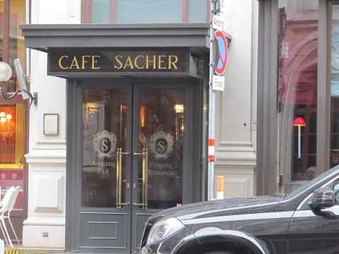 12 カフェ・ザッハー