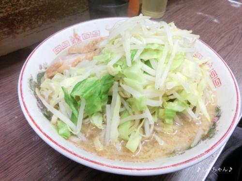 ラーメン二郎 横浜関内店_03