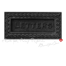 mimi's world - Letter box door
