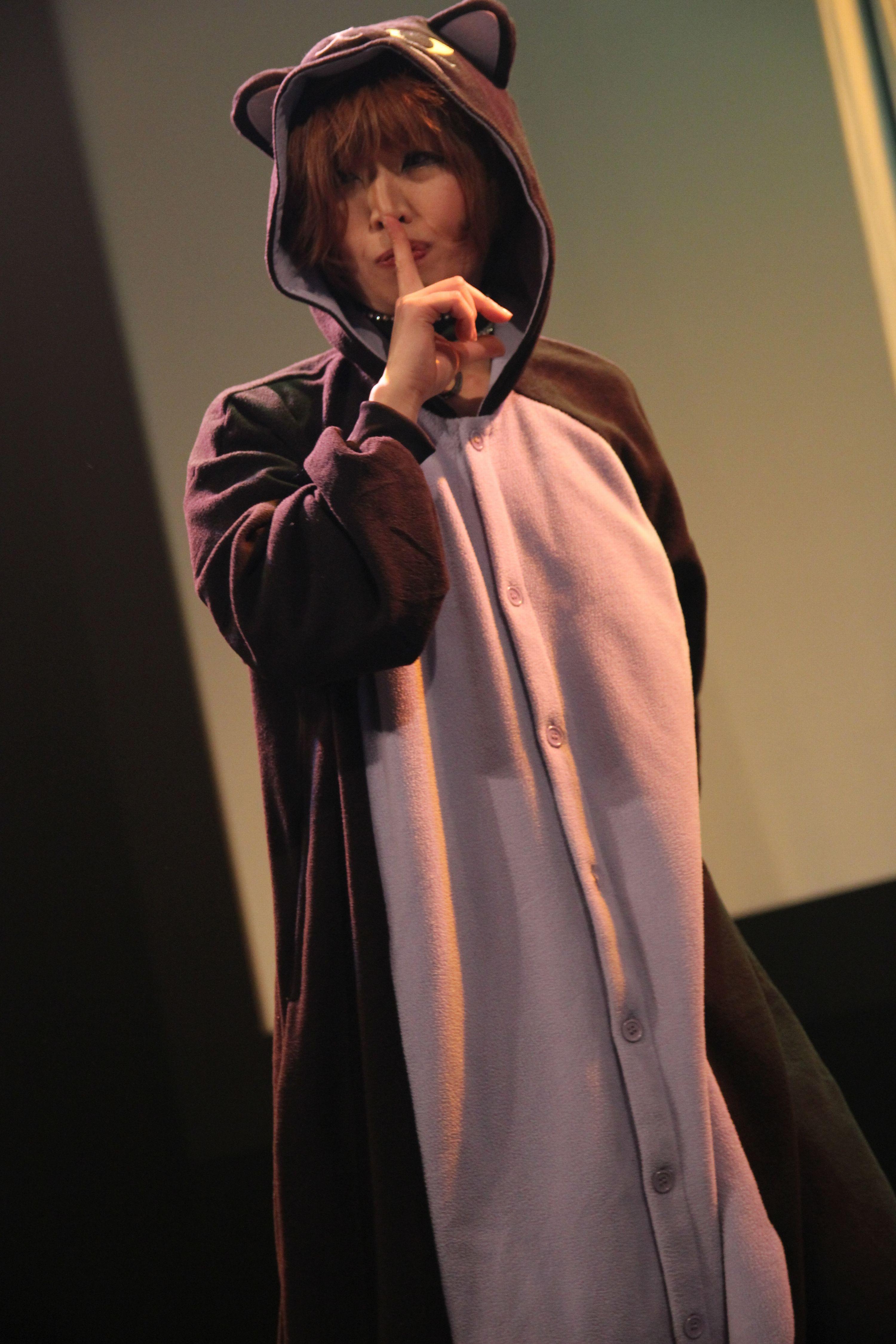 デパートメントH 2099@鶯谷東京キネマ倶楽部 2015年3月~タイガー愛子さんのアクロバティックパフォーマンス~