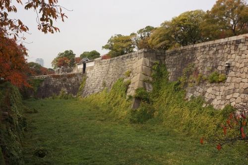 1桜門と空堀 (1200x800)