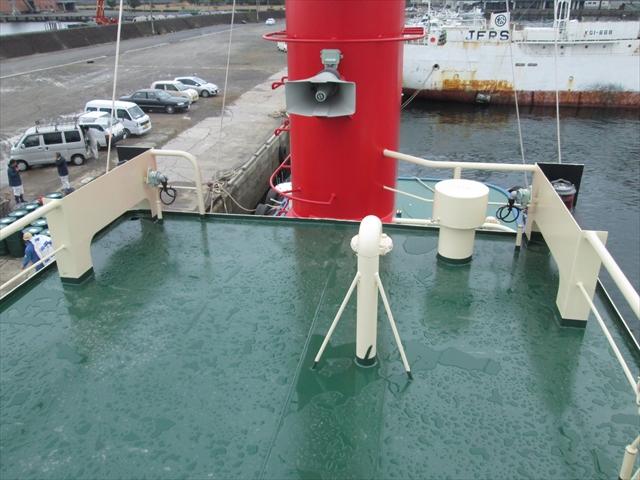 観測ケーブル導入口(ブリッジ頂部)