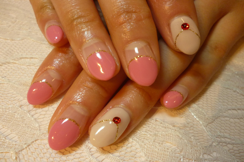 ピンク丸フレンチネイル ネックレス風デザインネイル