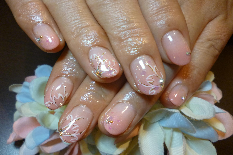 桜ふんわりキラキラアートネイル