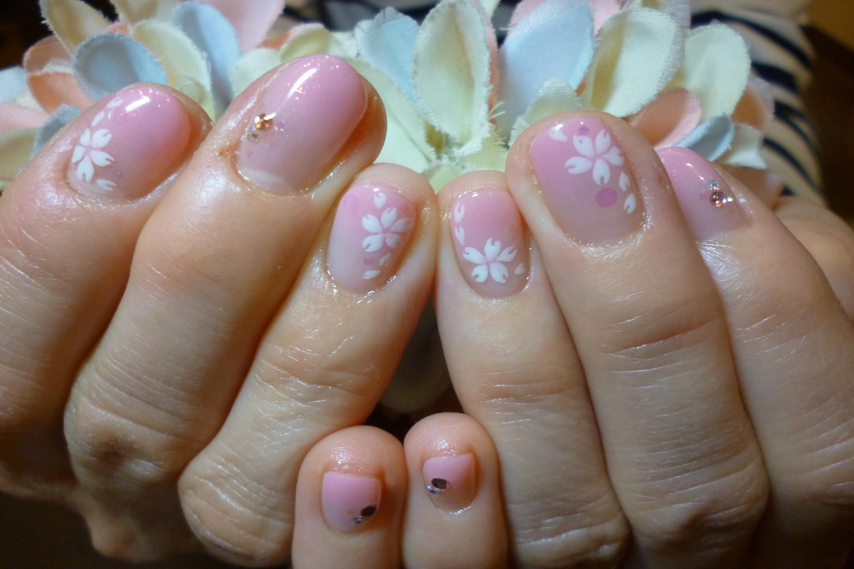 桜色グラデーション 桜アートネイル