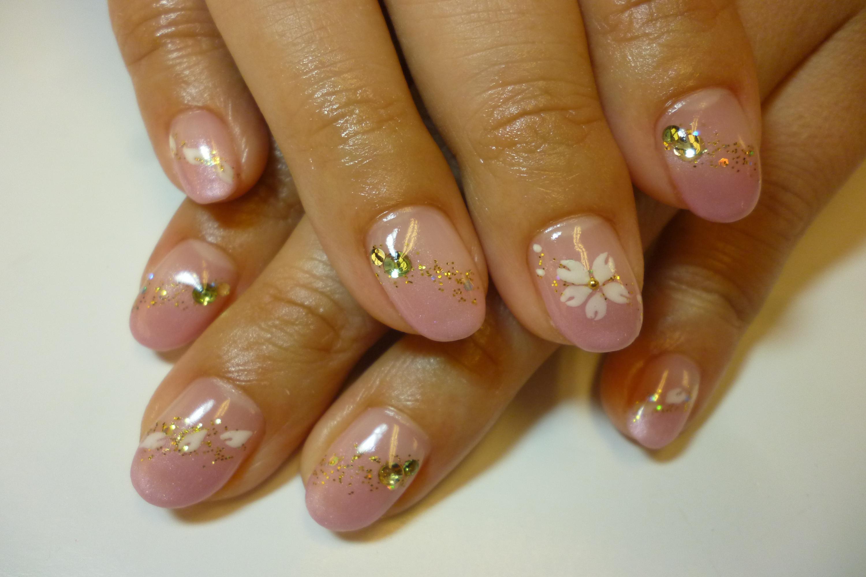 ピンクグラデーションネイル 春桜アートネイル