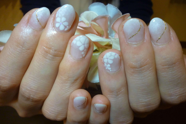 ブライダルネイルデザイン 手描きお花アートネイル