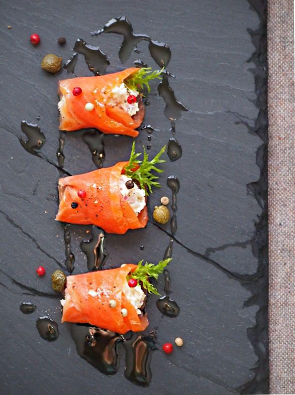salmonroll.jpg