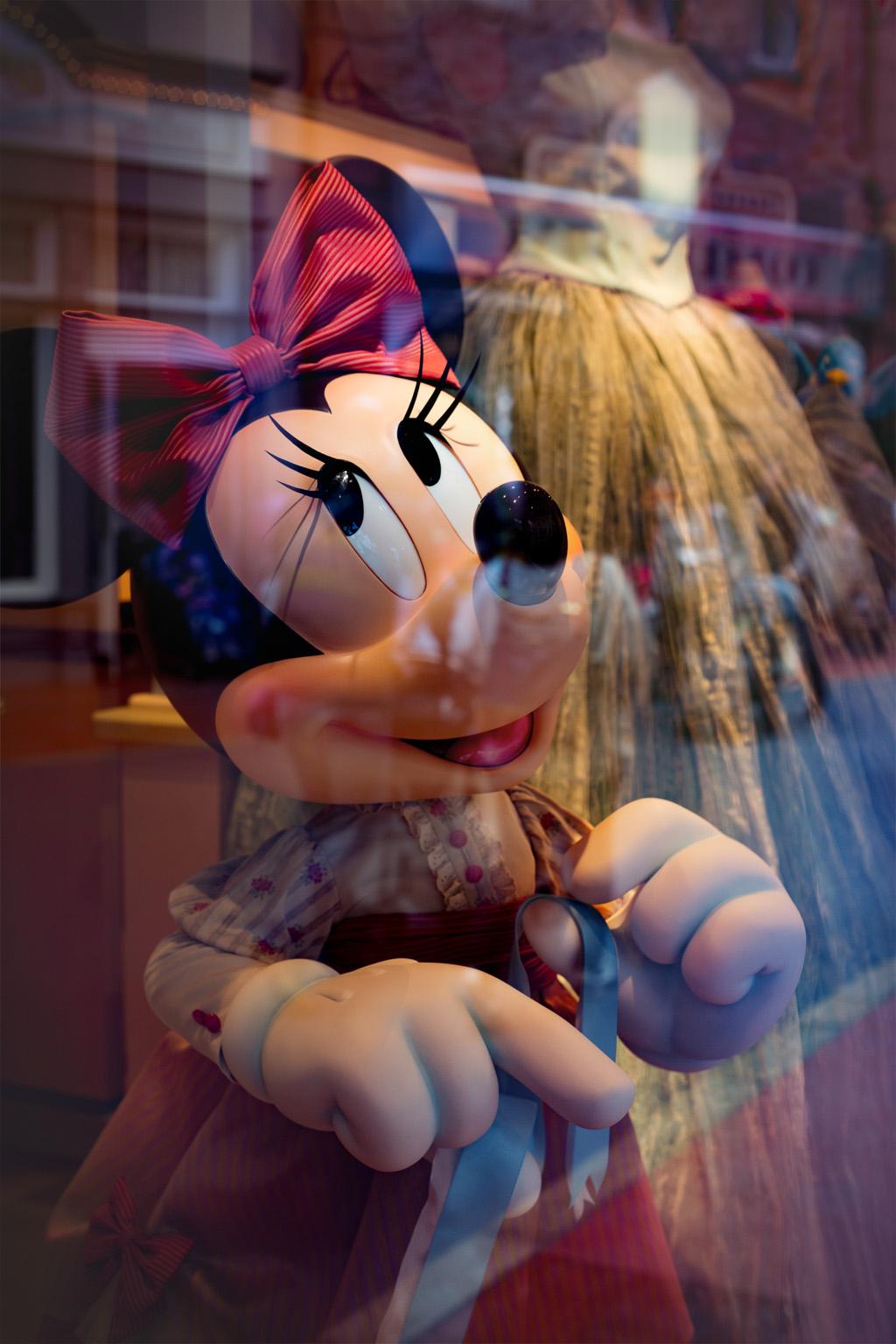 かわいいミニー(タウンセンターファッション)
