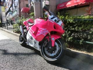 ピンク 隼 のがた号