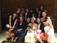 花嫁とその女子会