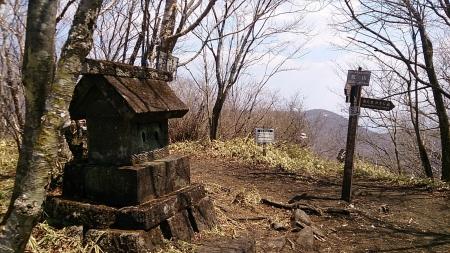 140425荒山・鍋割山 (9)s