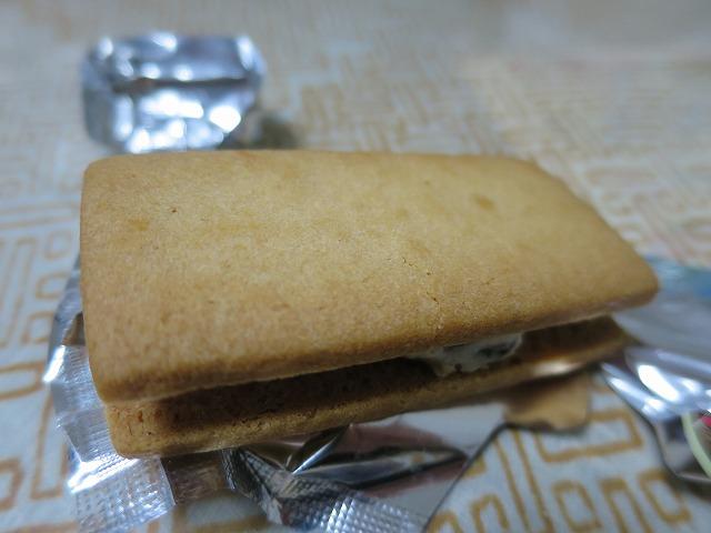 六花亭バターサンド (4)