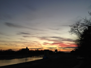 夕焼け空の乙川