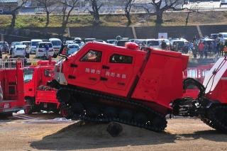 平成27年 岡崎市消防出初式 消防訓練展示 レッドサラマンダー