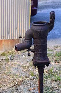 萬乗醸造の外井戸