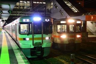 岡崎駅 313系