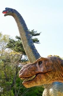 岡崎市東公園 恐竜モニュメント