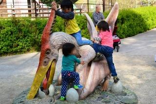 岡崎市東公園 恐竜モニュメント プテラノドン