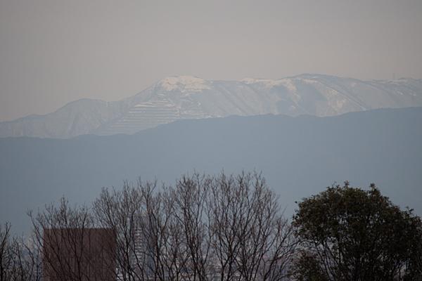 山のある-3
