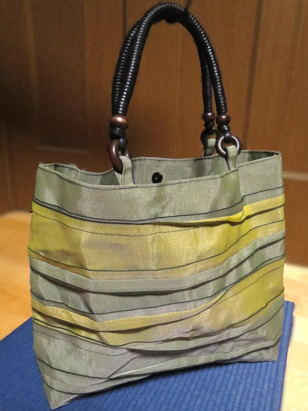 町田市玉川学園の畳屋、大沢畳店 縁(へり)で作ったバッグ(べりバッグ)