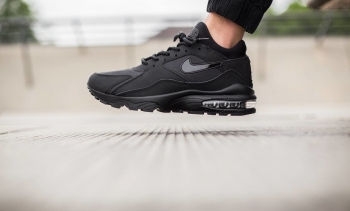 Nike-Air-Max-93-Triple-Black.jpg