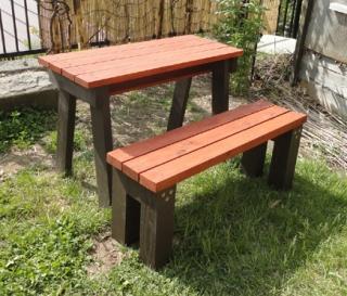 201505 庭テーブル&ベンチ 完成