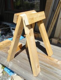 201505 庭テーブルの脚
