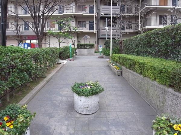 ネオコーポ大阪城公園2号館2