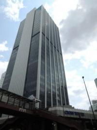 クロスタワー