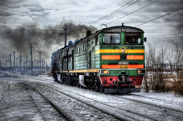 locomotive-60539_640.jpg