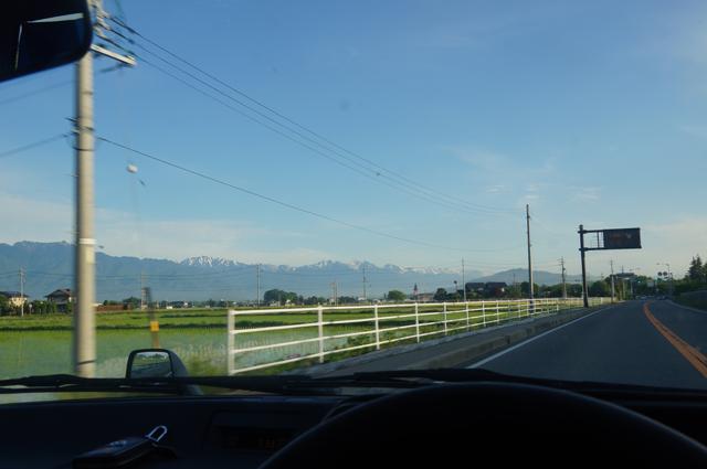 綺麗な山、安曇野にて