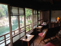 瀞ホテル1階2窓側