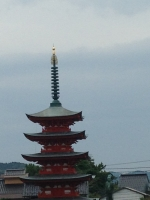 個人が建てたと思われる塔