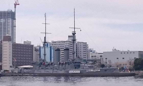 記念艦「三笠」海側から
