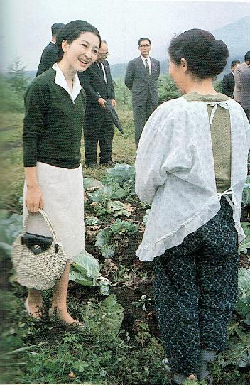 キャベツ畑でハイヒール