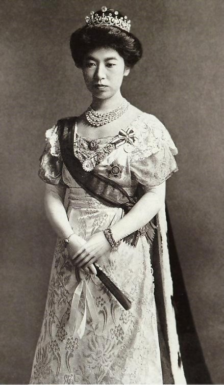 Empress_Sadako_20150428200938982.jpg