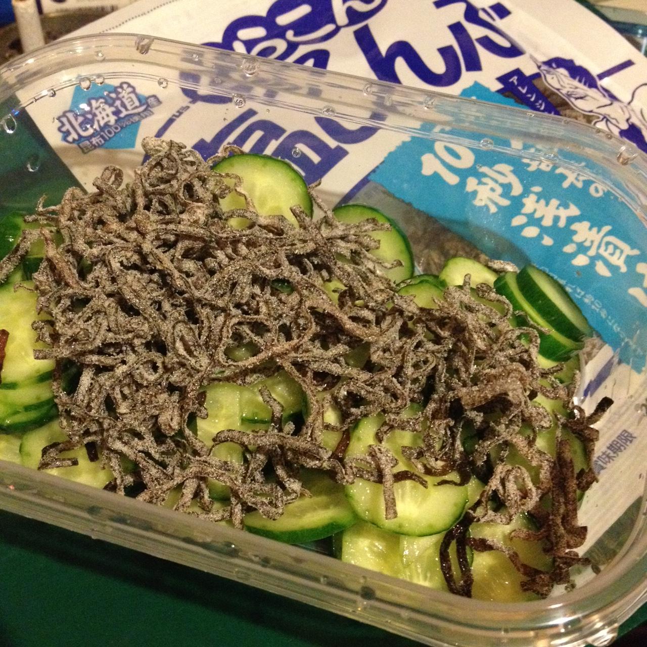 塩昆布と胡瓜 in タッパー
