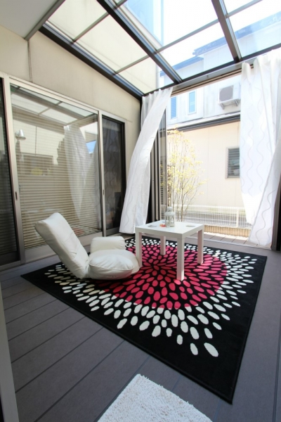ガーデンリフォーム「ジーマ」室内からの眺め