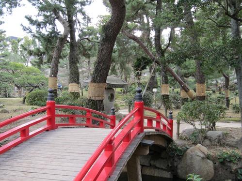 橋とコモ巻き