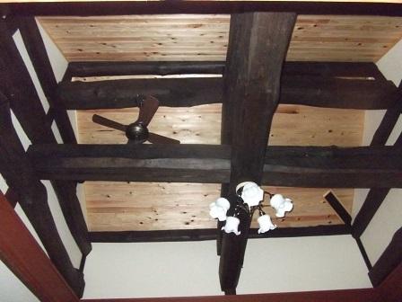 三瀬邸和室天井化粧梁
