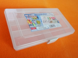100円ショップで小物入れケースを購入しました