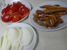 タマネギ、トマト、唐辛子