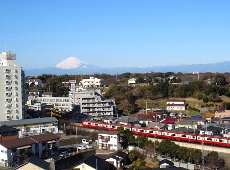 045ホテルの前の富士山、