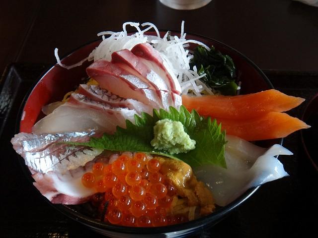 s-11:25海鮮丼