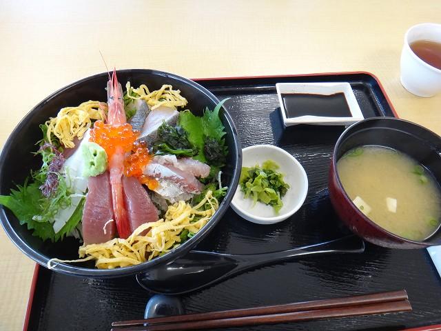s-11:40海鮮丼