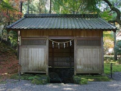 1024px-Jinguji_Wakasa_Obama_Fukui12n4410_convert_20150331101053.jpg