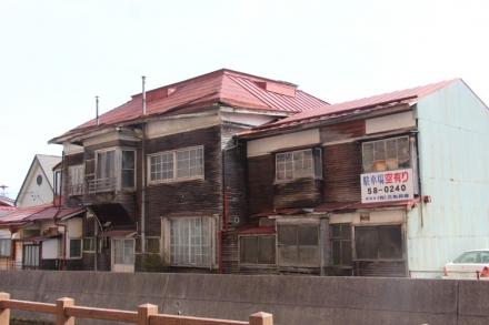 赤い屋根の洋館⑧