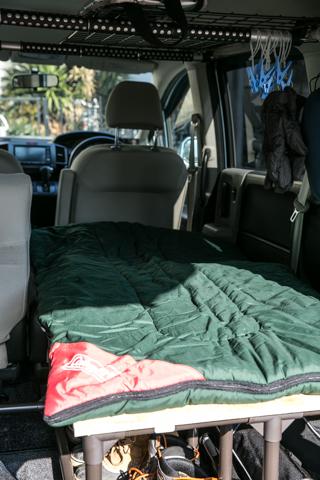 車中泊ベッド8