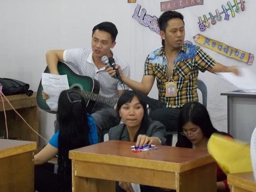 teachers sing 500